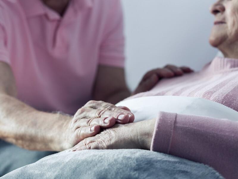 Можно ли оспорить дарственную после смерти дарителя на дом и квартиру?