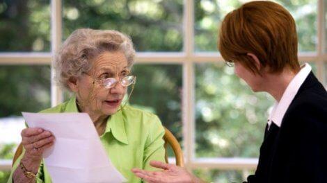 Алименты на родителей пенсионеров: как оформить, размер, образцы документов