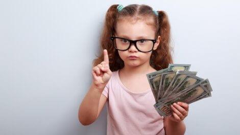 Алименты ребенку в твердой денежной сумме