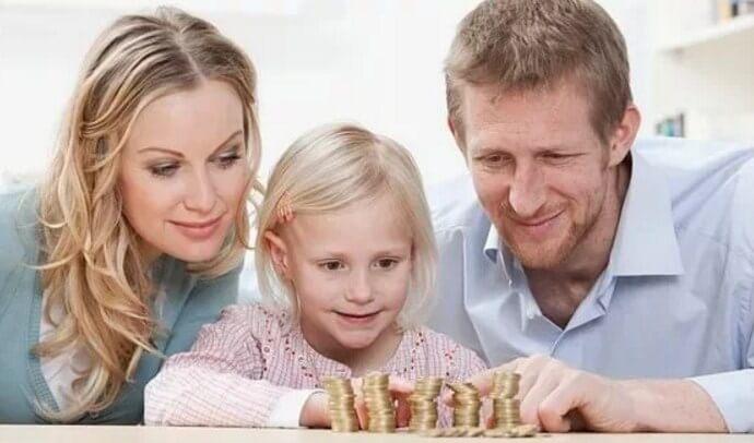 Жена тратит алименты не на ребенка
