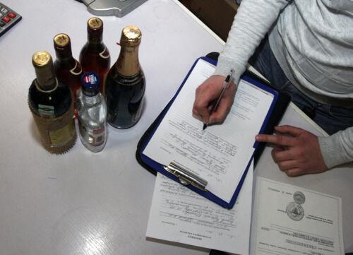 Сколько алкоголя можно ввозить в Россию в 2019-2020 годах