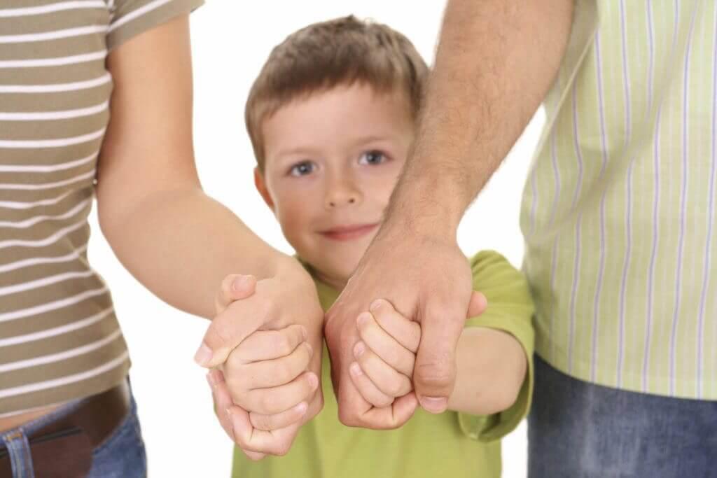 Как проходит воссоединение детей и родителей в РФ