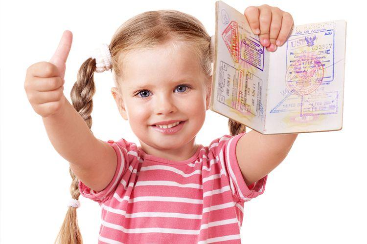 Особенности оформления туристической визы для ребенка
