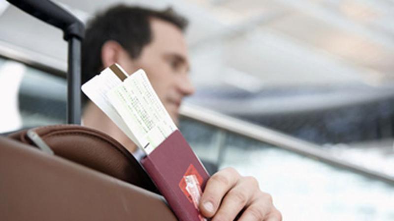 Как узнать, можно ли выехать за границу с долгами