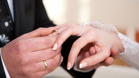 Смена СНИЛС при замужестве и смене фамилии